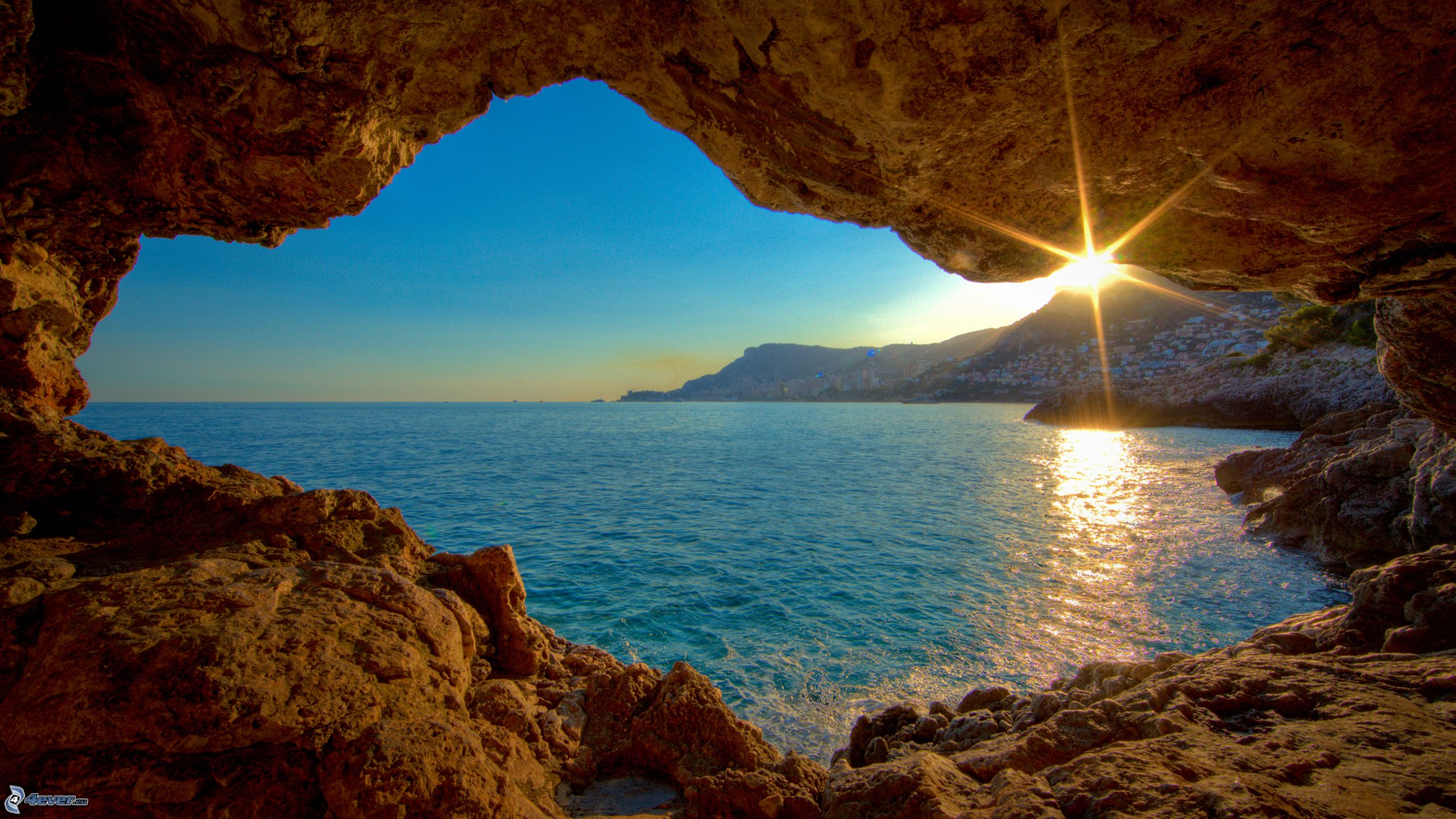 Coucher du soleil la mer - Fond ecran coucher de soleil sur la mer ...