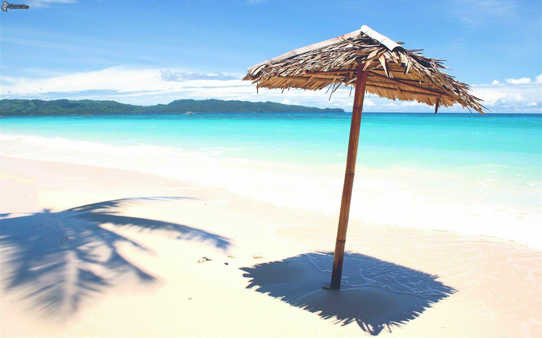 parasol sur la plage. Black Bedroom Furniture Sets. Home Design Ideas